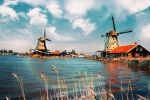 Holland on foot by INVIV0
