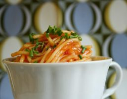 spaghetti with tomato sauce II by topinka