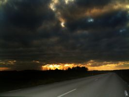 Evening sky 2 by wellgraphic