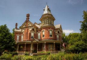 Victorian House II by joelht74