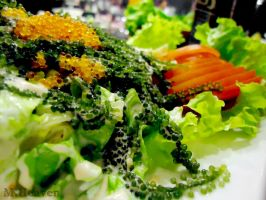 Green Carviar Salad with Salmon Eggs by vungoclam