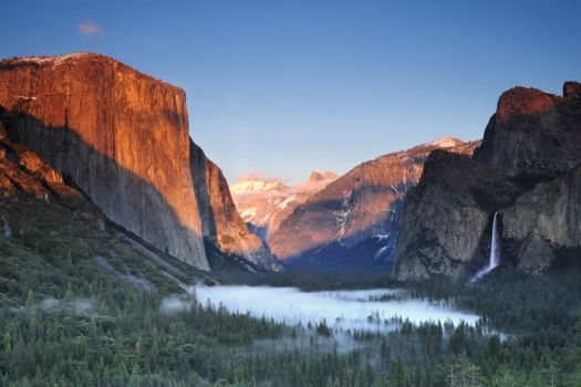 Tunnel View Sunset by porbital
