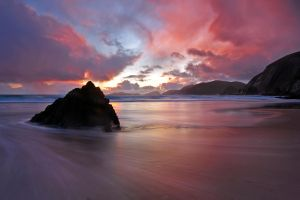Sunset rock by cprmay