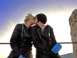 Roxas and Xion-Kiss by Itakoo