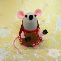 Guitar Mouse Female by The-House-of-Mouse