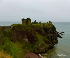 Dunnottar castle by Croownless