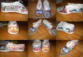 Hand-painted shoes by EtShadow