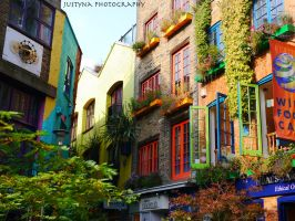 Neal's Yard, London by burcyna