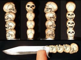 Skull Knife by Itsmerick