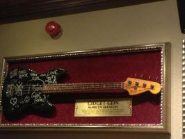 Marilyn Manson bass guitar by TheManThatLaughed