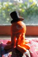 Peep the Pentapus Sculpture with Top Hat by ChibiBatGraphics