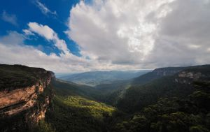Blue Mountains by asianrabbit