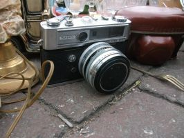 Old Camera by PccMBsF