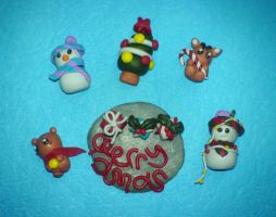 christmas set - 1.5 cm each by strictlyhandmade