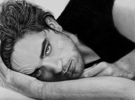 Rob Pattinson Is Looking At U by CezLeo