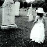 grave by timide