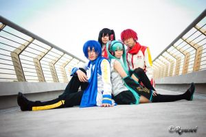Vocaloid on bridge by Ryusei-R1