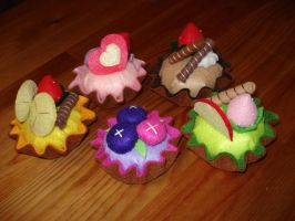 plush tarts by caca4ever