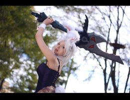 Bunny Riven Cosplay by PizZaMonsTa