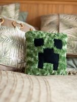 Minecraft Creeper Pillow by MichelleRamey