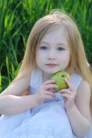 Green apple_2 by anastasiya-landa