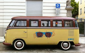 VW Bus by batmantoo
