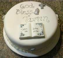 First Holy Communion Cake by Lucrecia1511