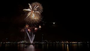 Fireworks by Choogster