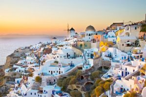 Sunset on Oia - Santorini by gianlu79