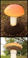 Toadstool by Book-Rat