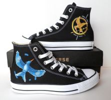Hunger Games Converse by EldalinSkywalker