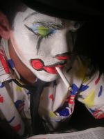 misrable clown 2 by Dannysucks