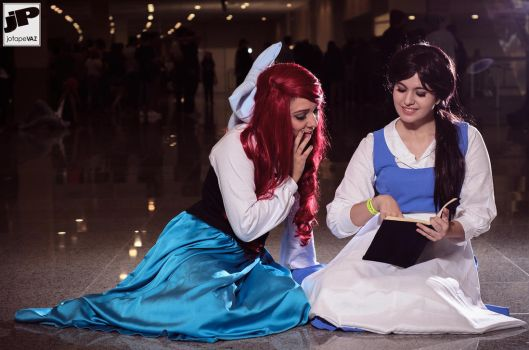 Ariel and Belle Cosplay by LazuliCosplay