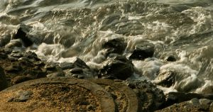 Rocks and Waves by wilmil