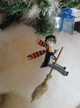 Christmas with Harry Potter by Neekse