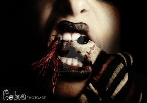 Eat you alive. by CobraPhotoArt