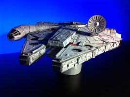 Millenium Falcon Papercraft_Final_02 by Ohnhai
