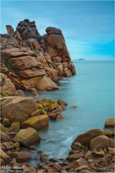 Squewel headland by Philippe-Albanel