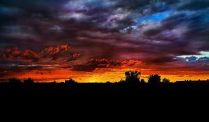 Colorful sunset by rontz