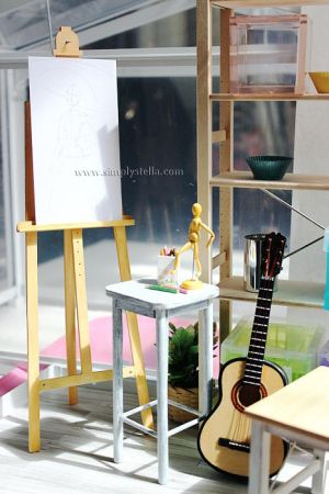 DIY: Miniature Easel by thinkpastel
