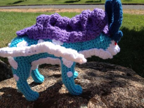 Suicune crochet- with pattern by Robezpierre