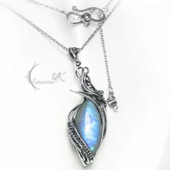 ANRVINTULH - silver and moonstone by LUNARIEEN