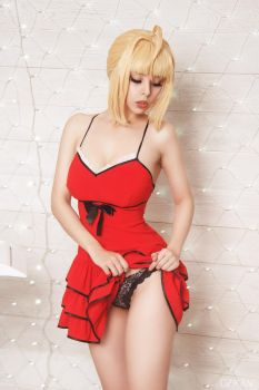 Fate/Extra - Saber Nero pin-up style by Disharmonica