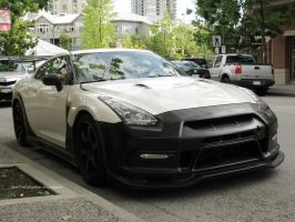 Super GT-R Front by SeanTheCarSpotter