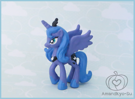 Luna - Blind Bag Sized by Amandkyo-Su